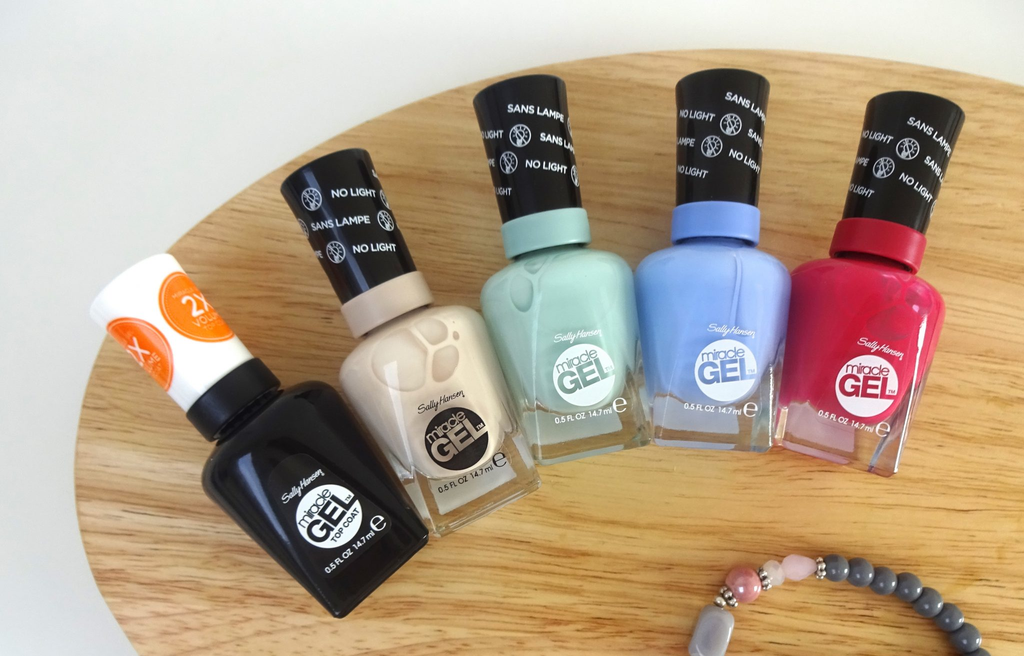 Sally Hansen Festival look
